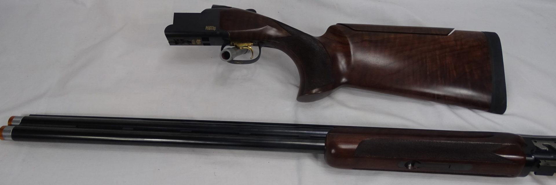 Browning B725 Pro Trap In Uitmuntende Staat. Kal 12.In Originele Koffer Met Alle Toebehoren.Prijs 2700€ T651