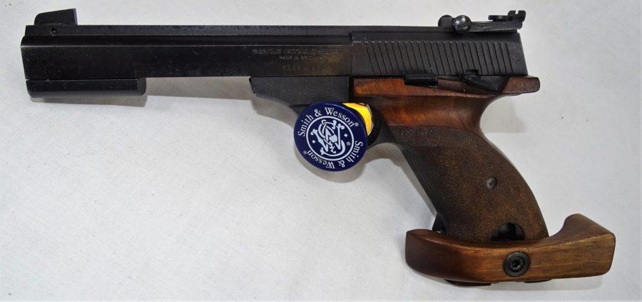 FN International LINKS. Met Ergonomisch Handvat. Prijs 595,00€T573